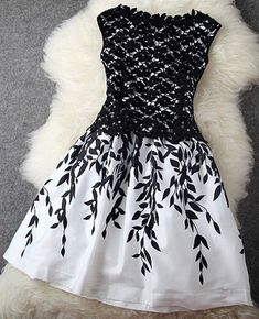 Black Patchwork Lace Leaves Print Double-deck Dress - Midi Dresses - Dresses: