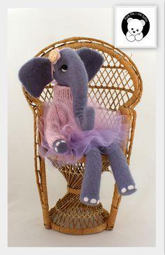 #słoń #filc #polandhandmade #felt #ooak #teddybear #fartfilcinietylko #fartownemisie #toy  #elephant