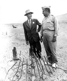 Robert Oppenheimer and Leslie Groves Examining the Remains of the Trinity Test Tower, July 1945 | Community Post: 24 Extraordinary Photos Of The Making Of The Atomic Bomb