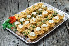 Platou de brioșe Happy Salty Muffins Bruschetta, Catering, Ethnic Recipes, Food, Catering Business, Gastronomia, Essen, Meals, Yemek