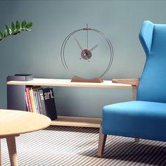 Дизайнерские часы  Nomon в минималистском стиле