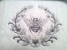 PARISIAN BEE SET OF 2 BATH HAND TOWELS EMBROIDERED BY LAURA