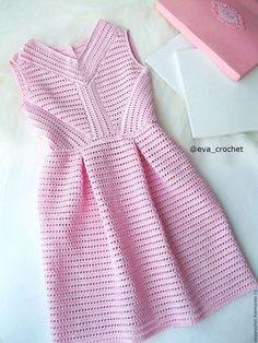 Fabulous Crochet a Little Black Crochet Dress Ideas. Georgeous Crochet a Little Black Crochet Dress Ideas. Crochet Woman, Diy Crochet, Crochet Top, Crochet Skirts, Crochet Clothes, Bikini Crochet, Crochet Wedding, Stylish Shirts, Crochet Cardigan