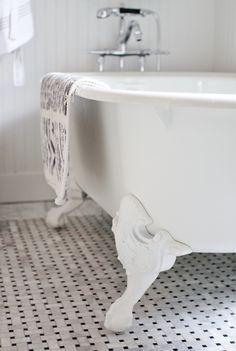 Travertine Tiled Bathroom In Reykjavik  Bathrooms  Pinterest Best Rsf Bathroom Designs Review