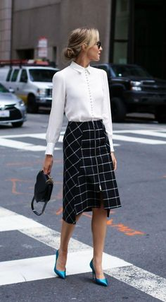 fashion classy Office Outfits For Ladies, Office Attire Women, Casual Work Attire, Summer Work Outfits, Business Casual Outfits, Business Attire, Office Wear, Casual Office, Business Chic