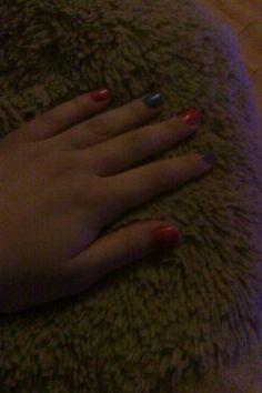 Cute purple pink pattern nails <3