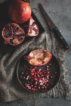 Pomegranate Photography By Brighton And London Photographer Emma images ideas from Home Inteior Ideas Dark Food Photography, Texture Photography, Flat Lay Photography, Photography Composition, Artistic Photography, Fruit And Veg, Fruit Food, Happy Fruit, Pomegranate Art