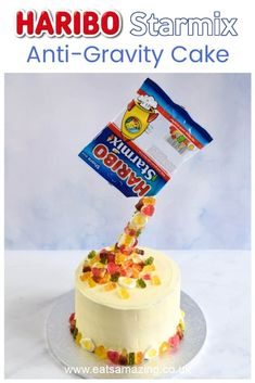 How to make an easy anti-gravity cake with HARIBO Starmix - Fun birthday cake idea for kids with recipe and video tutorial #EatsAmazing #HARIBO #CakeDecorating #CakeRecipe #EasyCake #BirthdayCake #KidsCake #EasyRecipe