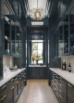 Pantry Interior, Interior Design Kitchen, Interior Decorating, Kitchen Designs, Decorating Ideas, Interior Garden, Beautiful Kitchens, Cool Kitchens, White Kitchens