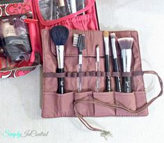 Simply in Control: Different Ways of Using Roll Up Canvas Pen Bags