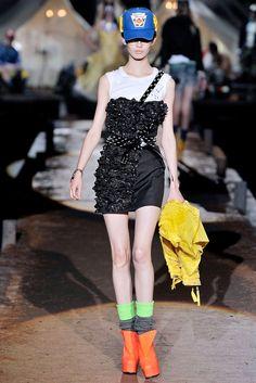Dsquared2 Spring 2010 Ready-to-Wear Fashion Show - Ranya Mordanova