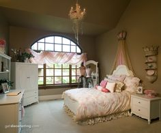 A room fit for a little princess... Of we ever have a girl .. I love this idea :)