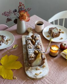 Project Table, Pear Cake, Yummy Food, Table Decorations, Recipes, Delicious Food, Pear Pie, Ripped Recipes