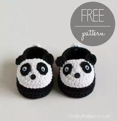 #patron gratis de divertidos patucos de oso panda #crochet (en inglés) Ver patrón >>> http://ow.ly/4ni7aw