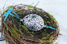 How to make a knock-off Ukrainian egg- with a sharpie!