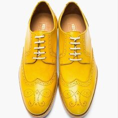 On point mustard oxfords. Could definitely pull off with brown straight legs and dark button up.