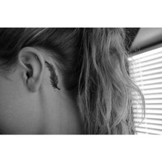 Feather tattoo behind ear ❤ liked on Polyvore featuring accessories, body art, tattoos, tatoos and aria