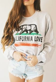 California Love Crewneck - Fresh-tops.com Perf for the Southern California girl!