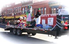 This week's Featured Fest is Gold Camp  Christmas in #CrippleCreek & #Victor, #Colorado. http://www.heiditown.com/2012/11/30/featured-festival-gold-camp-christmas-in-cripple-creek-victor-colorado/