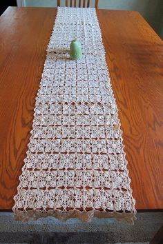 1000 images about table runner on pinterest lace table - Set de table crochet ...