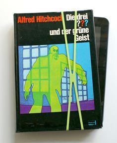 """Upcycling Tablet-Hülle """"??? und der grüne Geist"""" von Farbspuren auf DaWanda.com"""