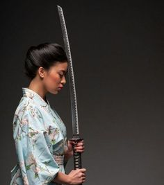 Collection of photos showing the beauty of Japan including landscape photos,Japanese martial arts, Samurai history and beautiful Japanese women. Female Samurai, Samurai Warrior, Samurai Swords, Japanese Warrior, Japanese Sword, Japanese Culture, Japanese Art, Sword Poses, Katana Girl