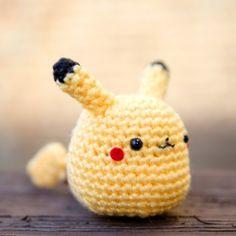 Free Pattern: Pikachu Amigurumi