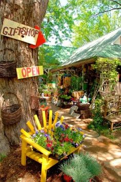 Brown County, Indiana ~ a quaint town with incredible shops and eateries ~ a must see in the Fall when the leaves have turned ~ breathtaking, relaxing, beautiful ~