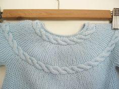 casaquinho azul | baby cardigan