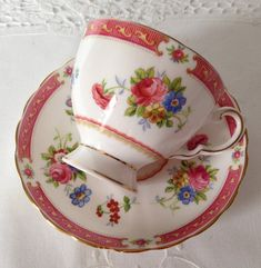 Toscaanse Lowestoft China Tea Cup & schotel