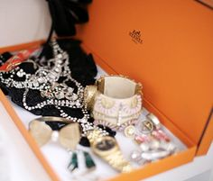lovely sparkle by Hermes: Twinkle, golden and glam up your life!