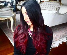 Ombre hairstyles provide a great way to experiment with colors, and red ombre styles are among the most fun. Check out our top 22 red ombre hair color ideas! Deep Purple Hair, Black Hair Ombre, Ombre Hair Color, Ombre Style, Black Hair Red Highlights, Dark Ombre, Hair Colors, Ombre Hair Tutorial, Color Del Pelo