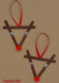 20+ EASY Popsicle Stick Crafts For Kids Popsicle Stick Christmas Crafts, Kids Christmas Ornaments, Diy Christmas Decorations Easy, Christmas Crafts For Kids To Make, Preschool Christmas, Craft Stick Crafts, Holiday Crafts, Craft Ideas, Christmas Gifts