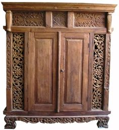Balinese wardrobe made of old recycled teak wood Bali Furniture, Wardrobe Furniture, Home Decor Furniture, Bamboo Bed Frame, Balinese Decor, Zen Room, Teak Wood, Home Interior Design, House Styles