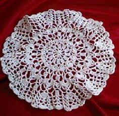 Lacy Shells Doily - A free Crochet pattern from jpfun.com.