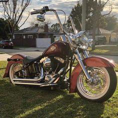 Old Classic Harley-Davidson Motorcycles Harley Davidson Softail Slim, Classic Harley Davidson, Harley Davidson Chopper, Harley Davidson Motorcycles, Custom Motorcycles, Custom Bikes, Harley Softail, Harley Bikes, Harley Bobber