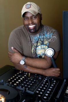 Frankie knuckles, grandfather of house rest in peace x