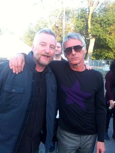 Billy Bragg & Paul Weller in the same photo! My 80's youth in a nutshell.