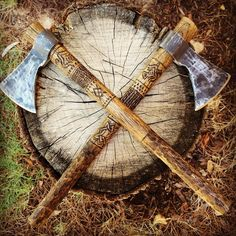Eagles mate for life- why not axes? @nightwolfarmory #nightwolfarmory #weapons #modernvikings #historyvikings #norse #vikings_unite #vikingaxe #bearded #handcarved #handforged #handmade #battleaxe #in_love #arn #kotka #thor #Odin #tyr #aesir #eagles #warhawk