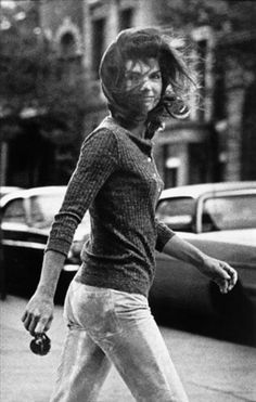 Jackie Kennedy: An woman of strength (watching Kennedy die) and a fashion icon!