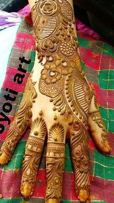 Pakistani Henna Designs, Kashee's Mehndi Designs, Floral Henna Designs, Back Hand Mehndi Designs, Latest Bridal Mehndi Designs, Mehndi Designs For Girls, Mehndi Designs For Beginners, Mehndi Design Photos, Wedding Mehndi Designs