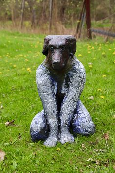 www.sculpturesite.com MARK  CHATTERLEY Good Girl Bronze Sculpture, Sculpture Art, Free Standing Sculpture, Ceramic Figures, Antony Gormley, Animal Sculptures, New Leaf, Cool Girl, Pup