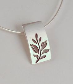 Ezüst tulipánfa medál, Ékszer, óra, Medál, Rendelésre készítem! Egyedi, kézzel készült, tulipánfa motívummal díszített ezüst medál...., Meska