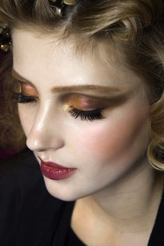 Dior Fall 2010 // LOVE the duochrome eye.