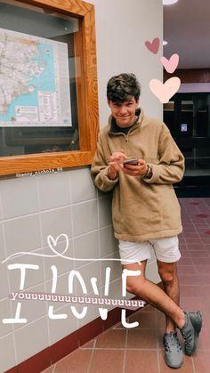 VSCO - samihamiltonn # # story stories how to # Friends Instagram, Creative Instagram Stories, Instagram And Snapchat, Instagram Story Ideas, Calin Couple, Diy Foto, Insta Snap, Insta Photo Ideas, Cute Couples Goals