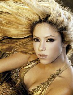 Shakira High Quality