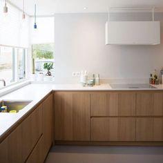 Kitchen Rules, Cute Kitchen, New Kitchen, Kitchen Room Design, Kitchen Decor, Timber Kitchen, Contemporary Kitchen Design, Kitchen Furniture, Home Kitchens