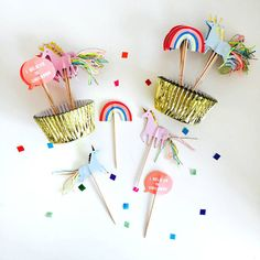 Unicornio cumpleaños cupcake kit, meri meri partido de unicornio, unicornio Toppers, oro Cupcake Liners, cumpleaños Cupcakes, decoración de Unicorn hoja de oro