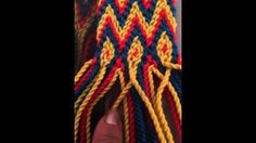 Ligia Quintana - YouTube Mexican Wall Decor, Finger Weaving, Tapestry Crochet, Card Sizes, Ikat, Macrame, Diy And Crafts, Purses, Youtube