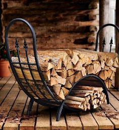 Plow & Hearth Curved Wood Rack with Decorative Finials - Powder Coated Tubular Steel and Wrought Iron with Stainless Steel Hardware - Black Finish - x x Firewood Holder, Firewood Storage, Metal Projects, Welding Projects, Welding Ideas, Welding Art, Metal Welding, Diy Projects, Welding Tools